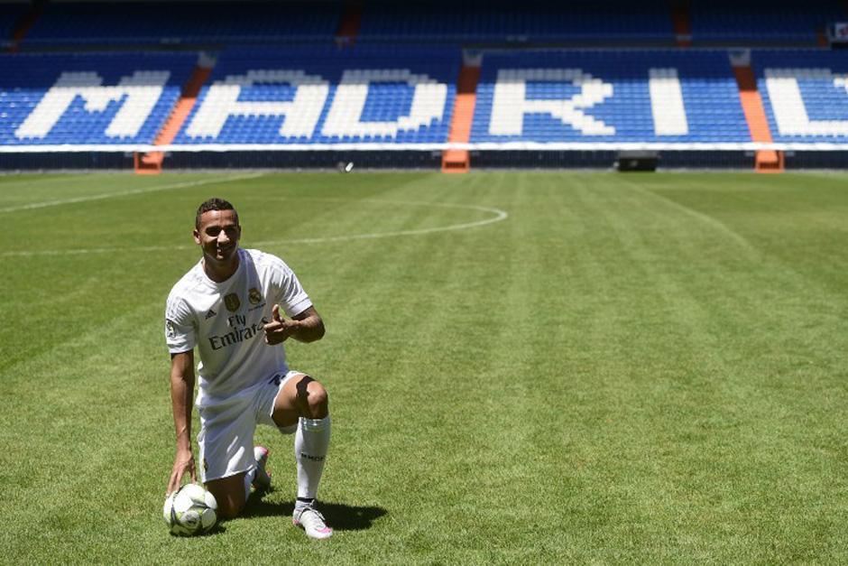 Danilo fue presentado ante unas 600 personas en el Bernabéu. (Foto: AFP)