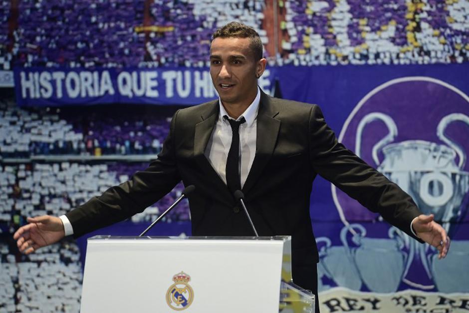 El futbolista fue presentado en el palco de honor del Bernabéu. (Foto: AFP)