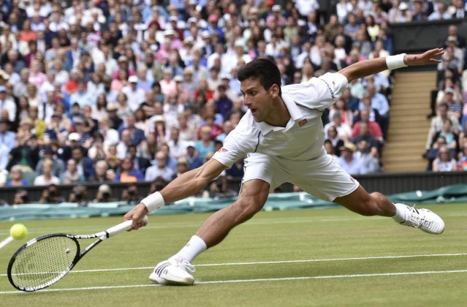 """Con esta victoria """"Nole"""" sumó 20 triunfos ante Federer, mismo número de victorias que Roger tiene sobre el serbio. (Foto: AFP)"""