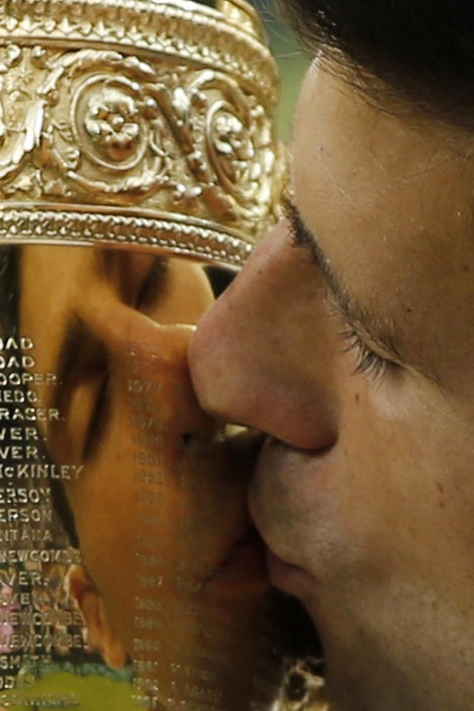El serbio Novak Djokovic ganó su tercer título de Wimbledon. (Foto: AFP)