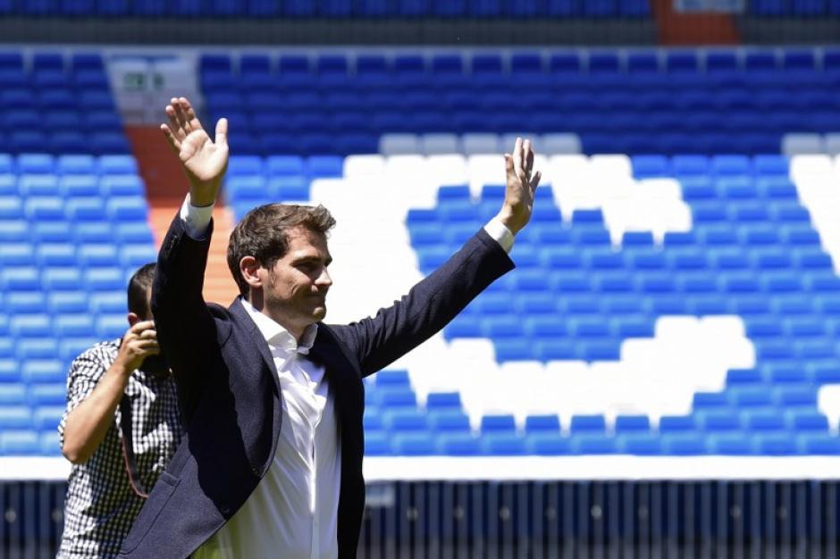 Con sentimientos encontrados, el estandarte madridista se despidió definitivamente del club de sus amores este lunes.(Foto: AFP)