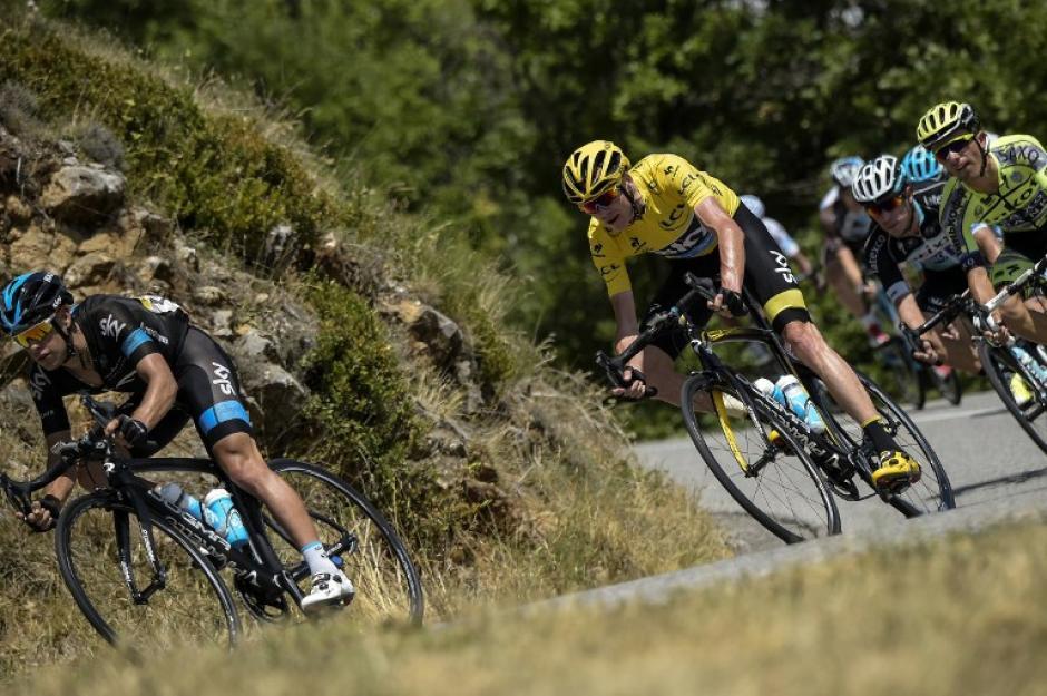 Christopher Froome sigue siendo el líder del Tour de France. (Foto: AFP)