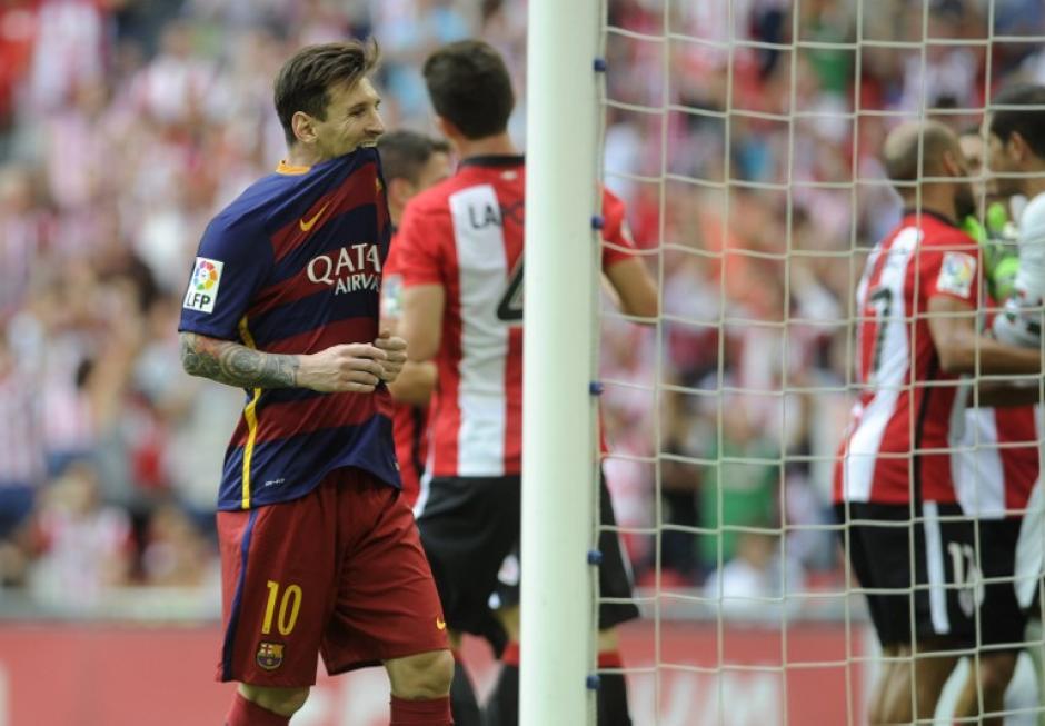 Messi falló un penal y se terminó el juego sin anotar en el inicio de la Liga BBVA. (Foto: AFP)
