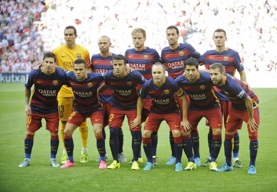 El once titular del Barcelona que inició oficialmente la temporada 2015-2016 de la Liga Española. (Foto: AFP)