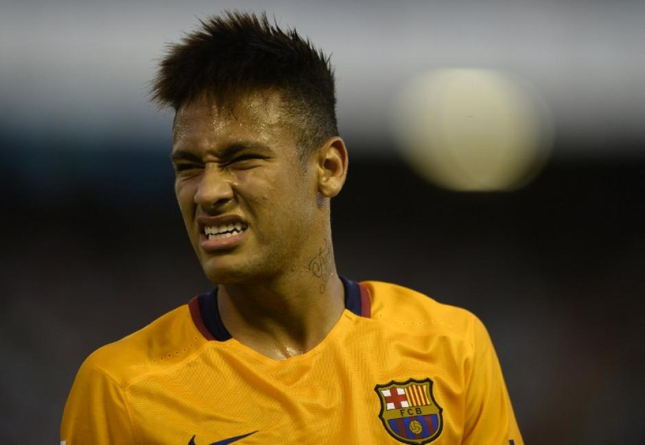 Neymar lamentó la derrota a pesar de haber sido él quien anotó el descuento al minuto 79. (Foto: AFP)