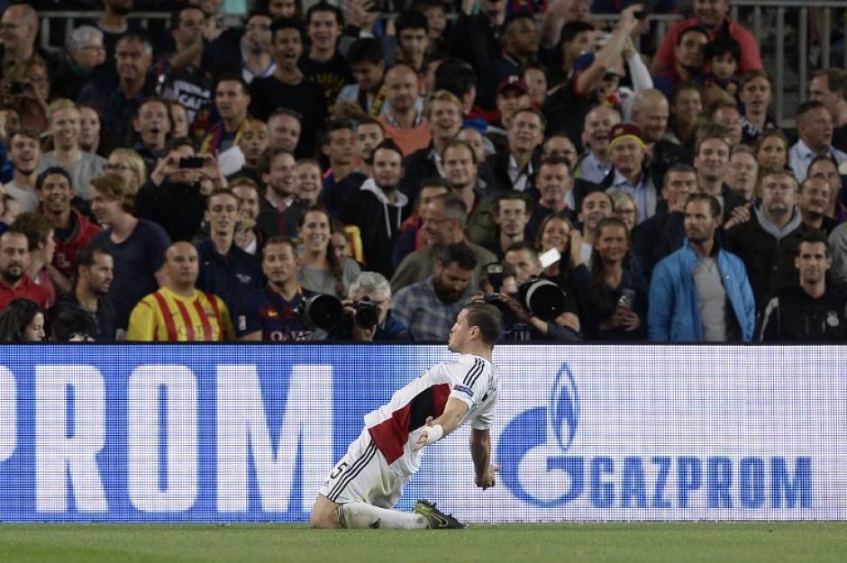 Papadopoulos celebra ante el Camp Nou. (Foto: AFP)