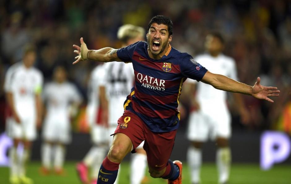 Luis Suárez fue quien puso el 2-1 y le dio la victoria al Barcelona en el minuto 82 ante el Leverkusen. (Foto: AFP)