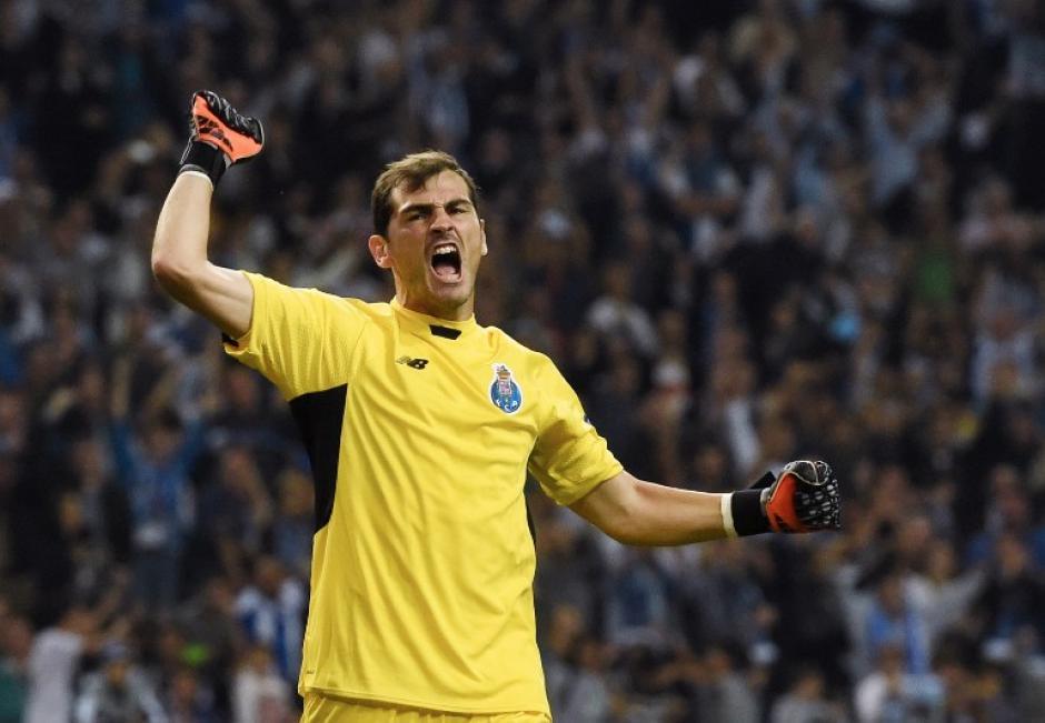 Iker Casillas juega su primera Champions con el Oporto y aceptó la responsabilidad del gol recibido ante el Chelsea