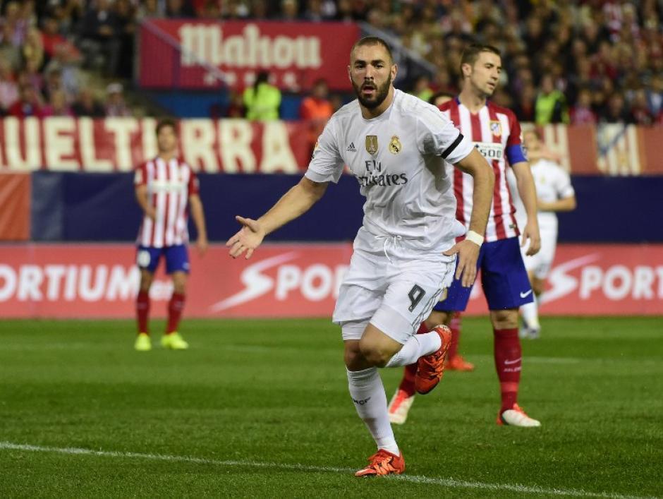 Benzema fue el anotador del primer tanto del juego y quien puso a ganar momentáneamente al Madrid. (Foto: AFP)