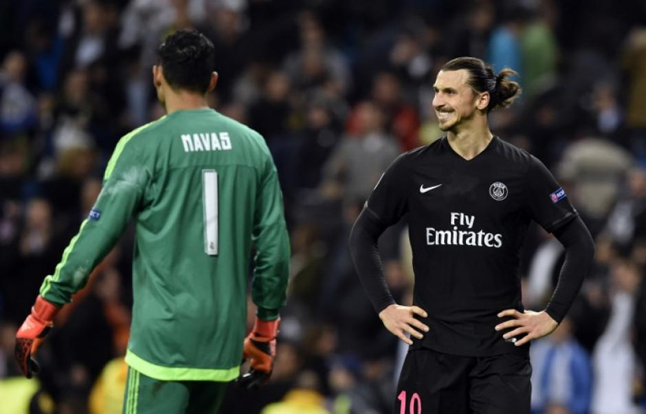 Uno de los mejores delanteros en Europa no pudo ante uno de los mejores perteros en Europa. (Foto: AFP)
