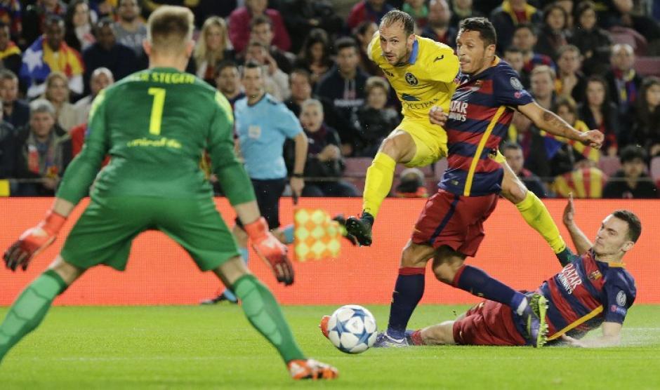 Apesar de los esfuerzos los jugadores del BATE Borisov no pudieron hacer daño en la porteria contraria. (Foto: AFP/PAU BARRENA)