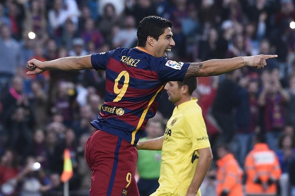 """Suárez anotó de penal el 2-0 del Barcelona en el Camp Nou ante el """"submarino amarillo"""". (Foto: AFP)"""