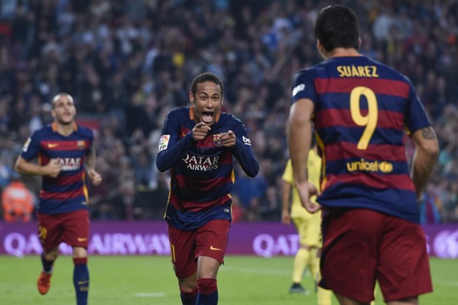 Neymar anotó un doblete ante el Villarreal