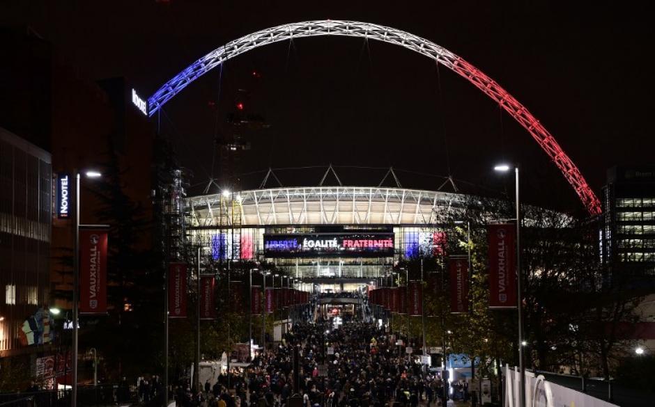 Así lucía el estadio de Wembley, Inglaterra, en el juego amistoso ante los franceses. (Foto: AFP)