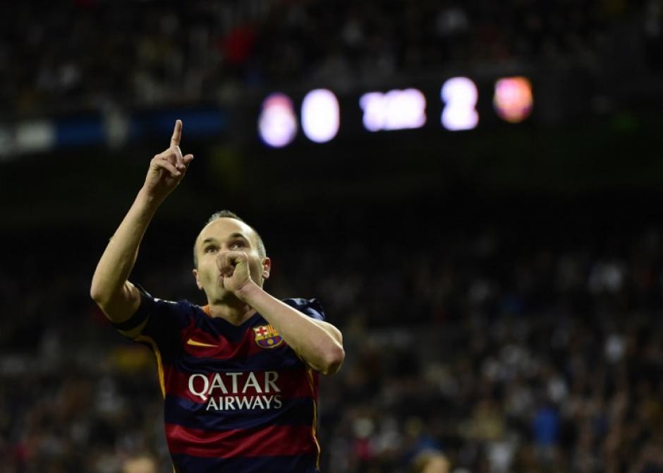 Andrés Iniesta celebró su gol con el clásico gesto para dedicárselo a su bebé. (Foto: AFP)