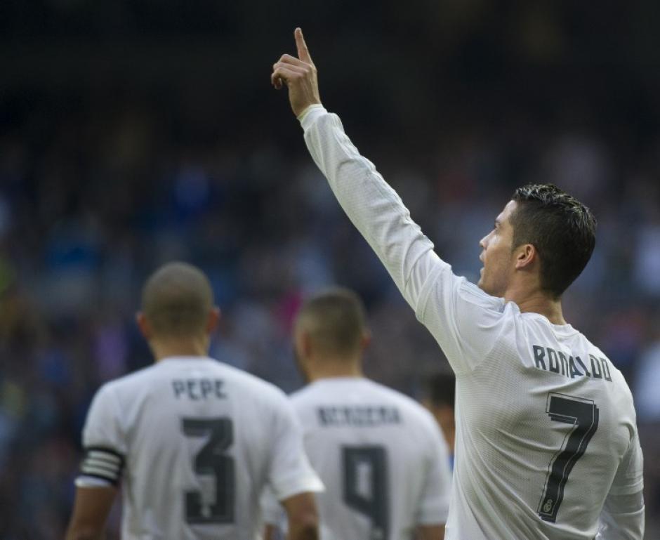Cristiano Ronaldo anotó el 4-0 transitorio de la goleada del Madrid al Getafe. (Foto: AFP)