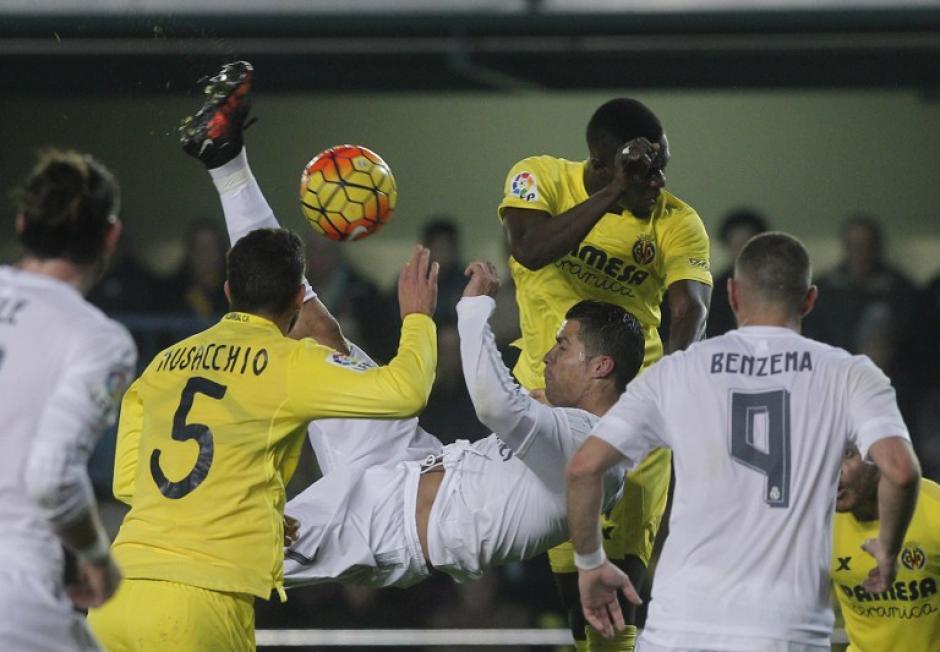 Cristiano Ronaldo falló de nuevo con una chilena. (Foto: AFP)