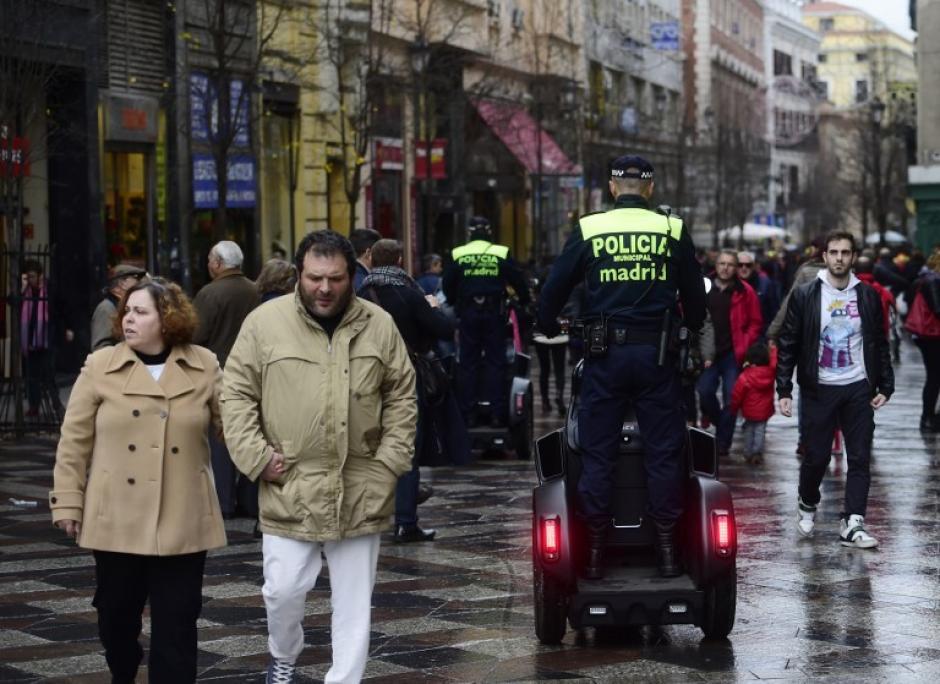 En España fue incrementada la seguridad en estas fiestas de fin de año para prevenir posibles atentandos terroristas. (Foto: EFE)