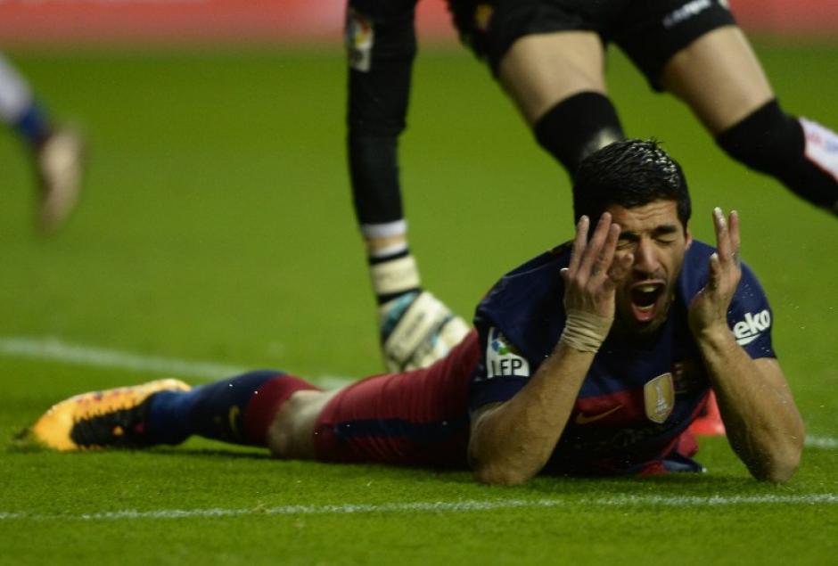 Luis Suárez logró anotar el tercer tanto para el Barcelona. (Foto: AFP)