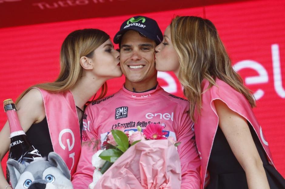 Andrey es el primer costarricense en convertirse en líder del Giro de Italia. (Foto: AFP)
