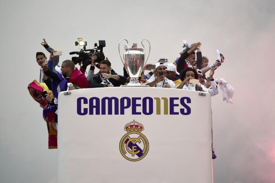 Se prevé una celebración en el estadio Santiago Bernabeú durante la noche. (Foto: AFP)