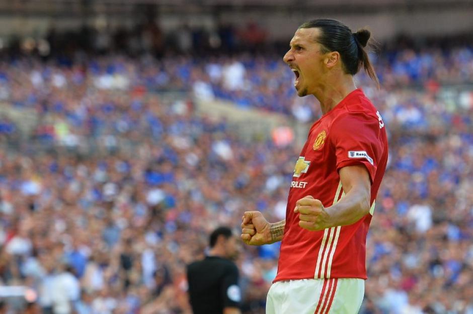 Zlatan marcó el gol decisivo en el minuto 85 (Foto: AFP)