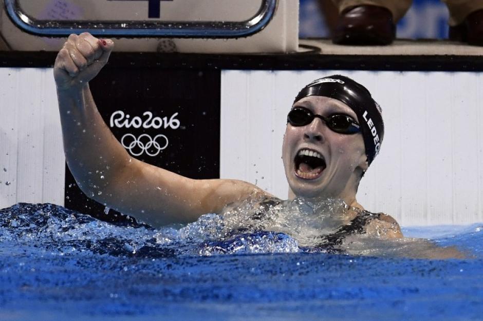 Con solo 19 años, tiene tres récords mundiales. (AFP)