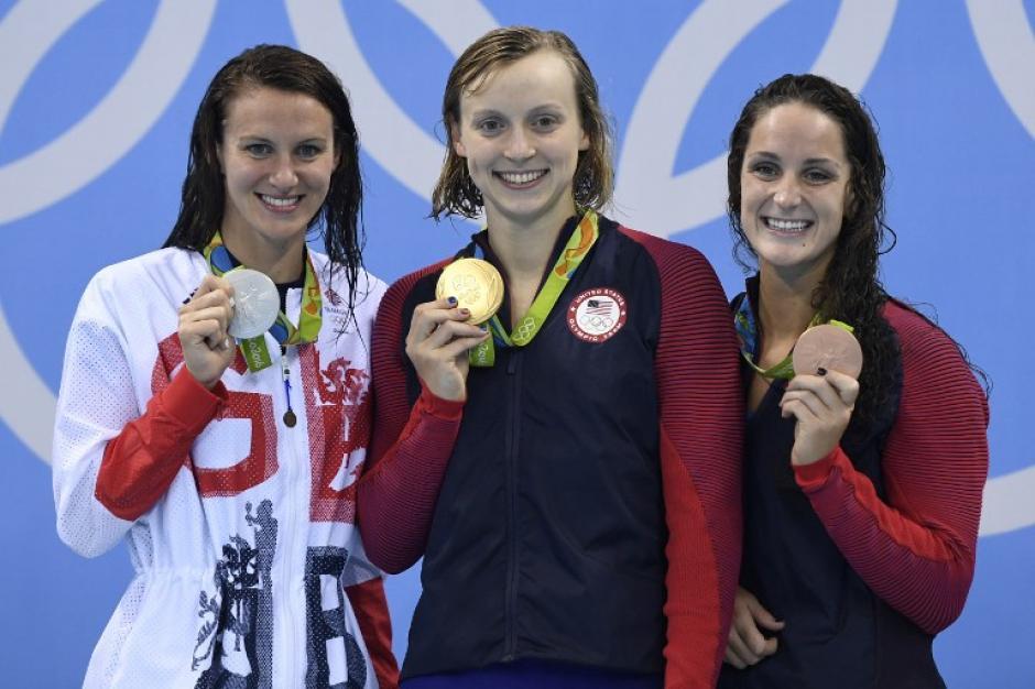 Sus rivales no pudieron ni acercársele en la piscina. (AFP)