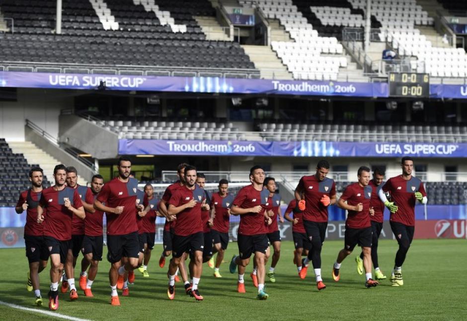 Será el primer partido de Sampaoli con los andaluces. (Foto: AFP)