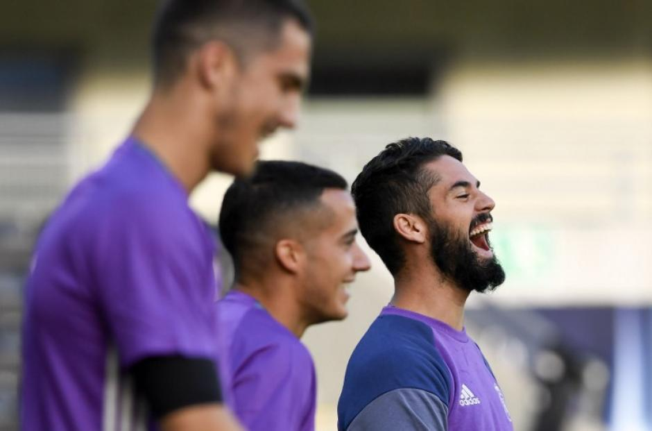 Isco o James serían titulares en lugar de Kroos. (Foto: AFP)