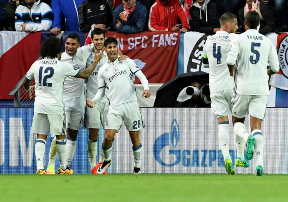 El Real Madrid no supo mantener su ventaja. (AFP)