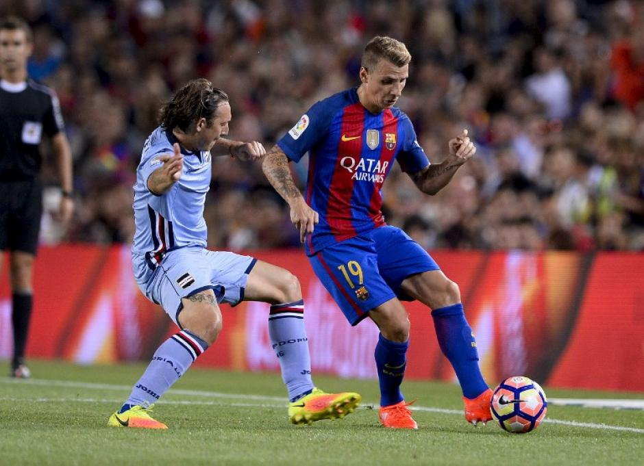 Luis Enrique aprovechó a darle minutos a los nuevos, como Lucas Digne. (Foto: AFP)