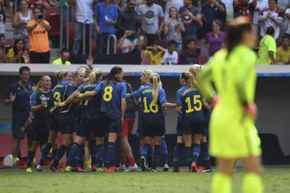 La portera estadounidense criticó a sus rivales suecas. (Foto: AFP)