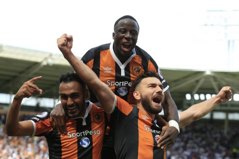 El Hull venció al campeón defensor, el Leicester. (AFP)
