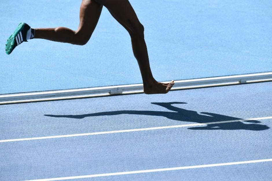 Así corrió Etenesh Diro en los 3 mil metros. (Foto: AFP)