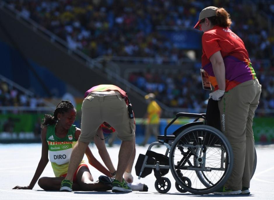 Sin embargo, los jueces la admitieron en la lucha por las medallas. (Foto: AFP)