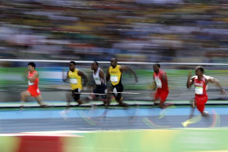 Al final aceleró para quedar en el primer lugar.  (Foto: AFP)
