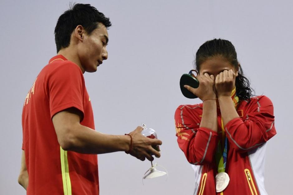 La propia clavadista no se lo esperaba y no ocultó su sorpresa. (Foto: AFP)