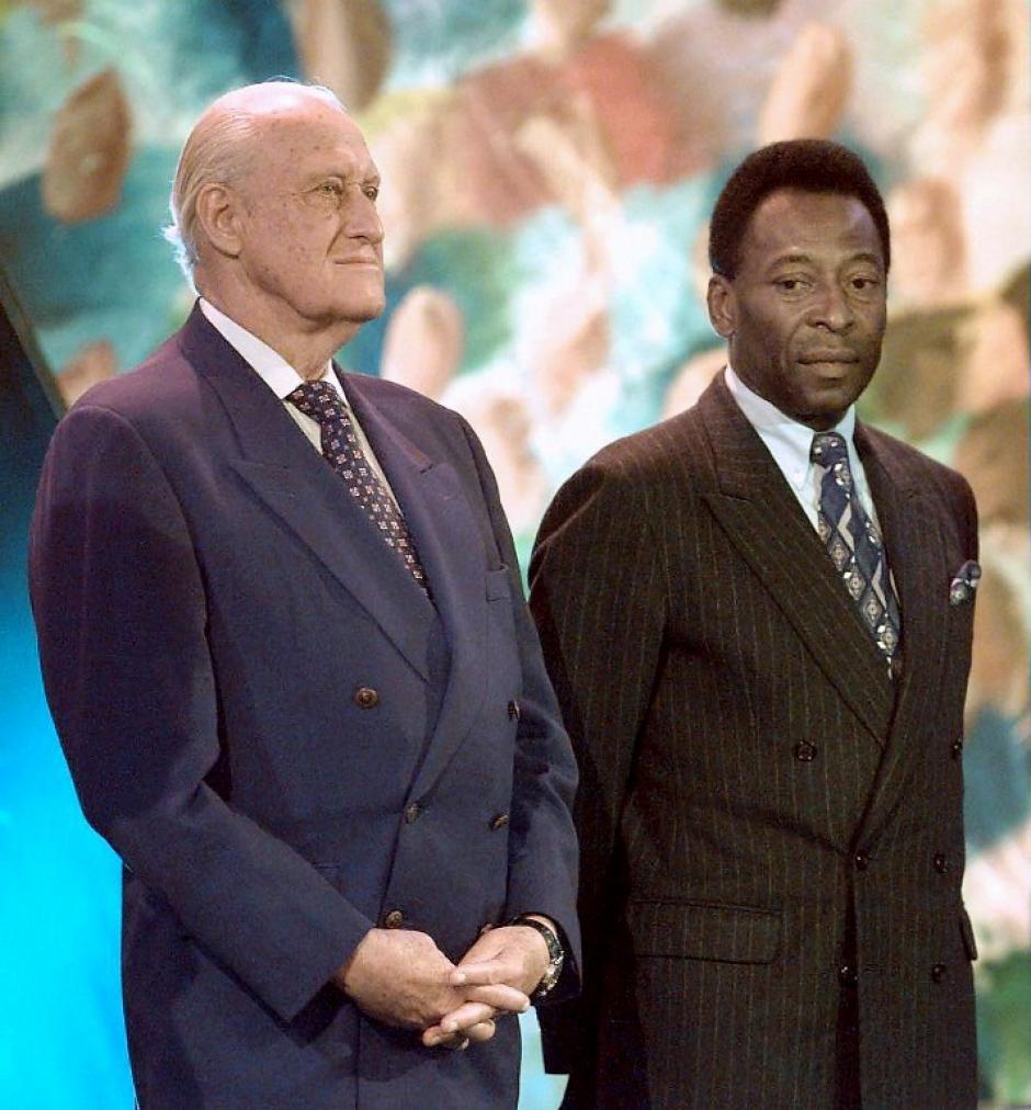 Pelé con Havelange, también en Francia 98. (Foto: AFP)