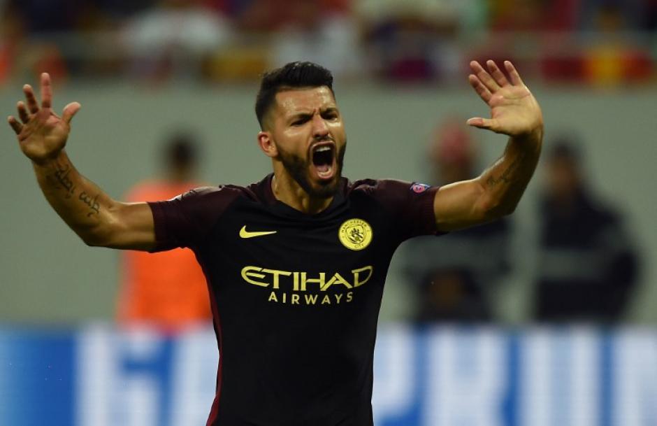 El argentino falló dos penales, pero después metió tres goles. (Foto: AFP)