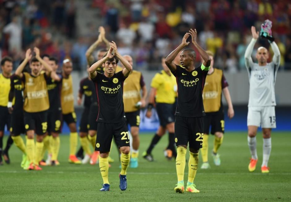 El City goleó al Steaua y estará en el sorteo de la fase de grupos. (Foto: AFP)