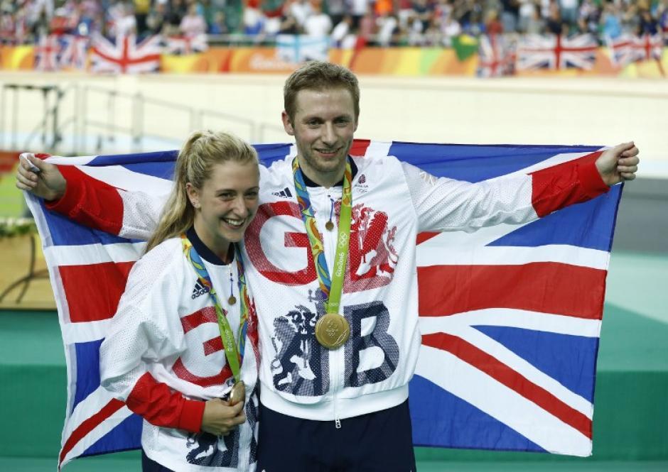 Ninguna pareja tiene más medallas en conjunto como Laura y Jason. (Foto: AFP)