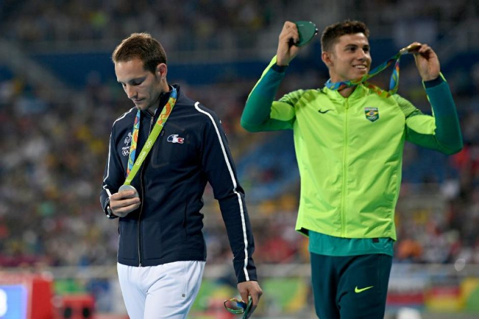El brasileño Thiago celebra su oro. (Foto: AFP)