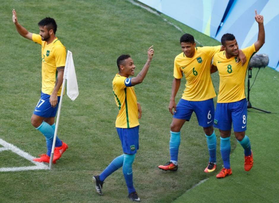 Brasil no tuvo problemas con Honduras. (Foto: AFP)