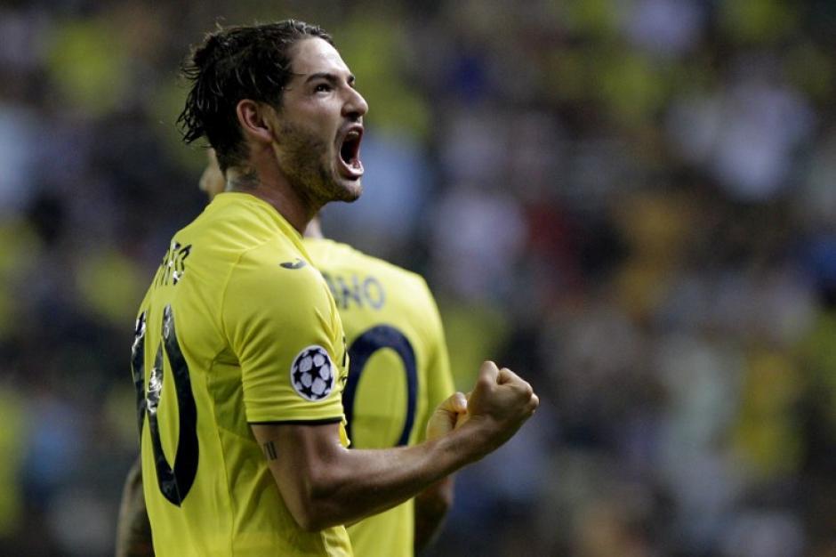 Pato, el fichaje estrella del Villarreal, marcó el empate momentáneo. (Foto: AFP)