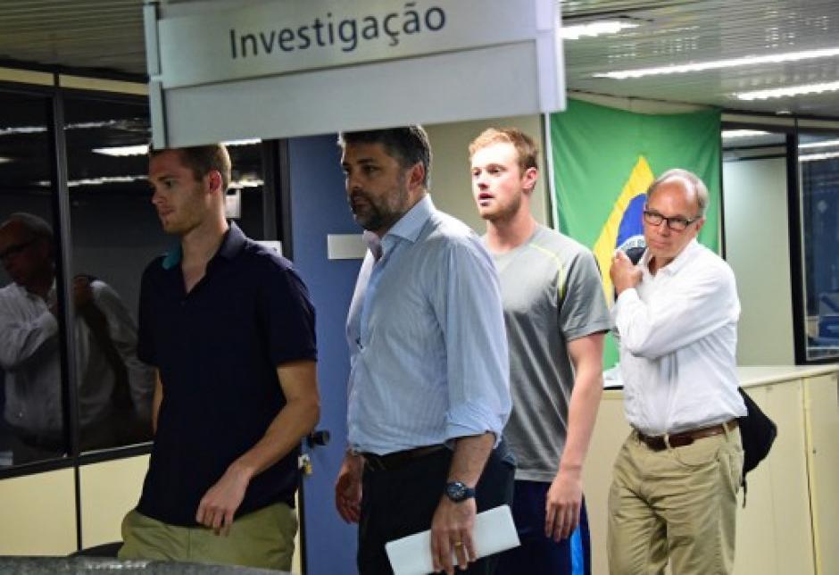 Los atletas viajaban hacia Estados Unidos cuando fueron detenidos. (Foto: AFP)
