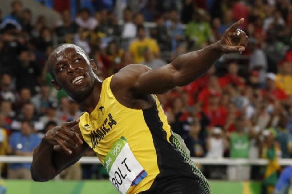 Bolt celebró y su segunda medalla de oro en Río y octavo oro olímpico en su carrera. (Foto: AFP)