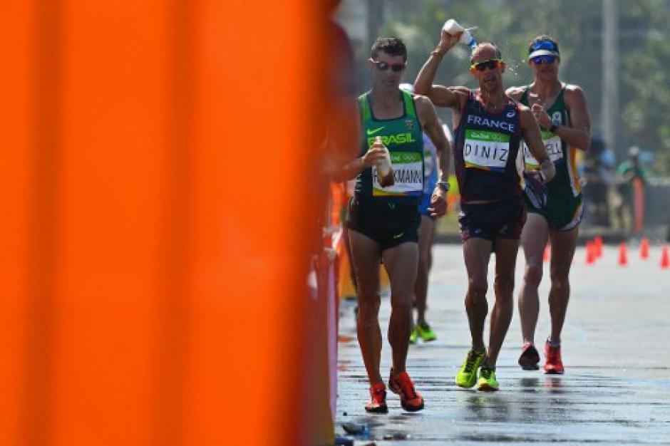 Diniz llegó octavo en la prueba de 50 kilómetros de marcha. (Foto: AFP)