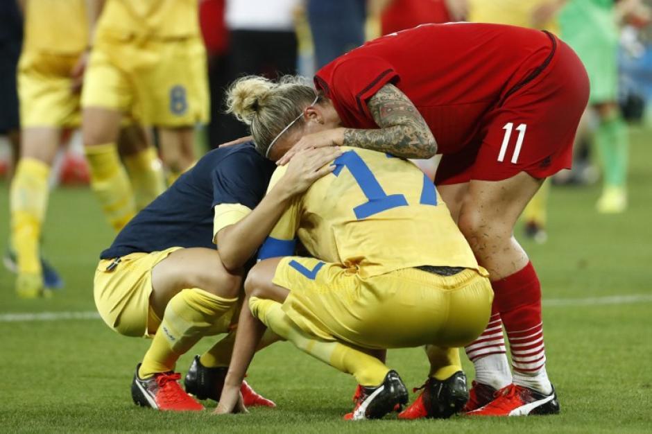Las suecas hicieron lo propio, pero las circunstancias no estaban a su favor. (Foto: AFP)