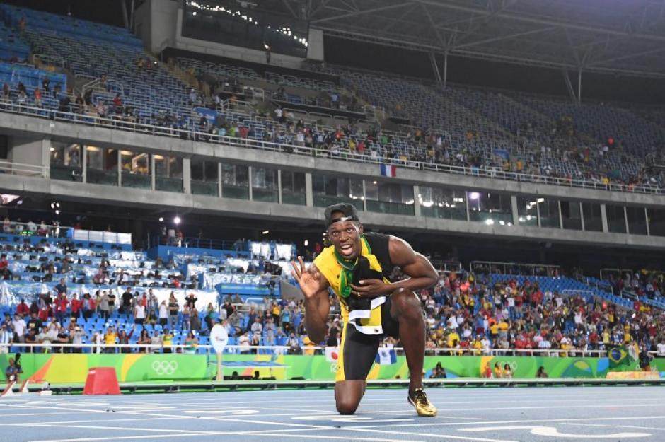Usain Bolt logró una marca impresionante al lograr el triple triplete de medallas doradas. (Foto: AFP)